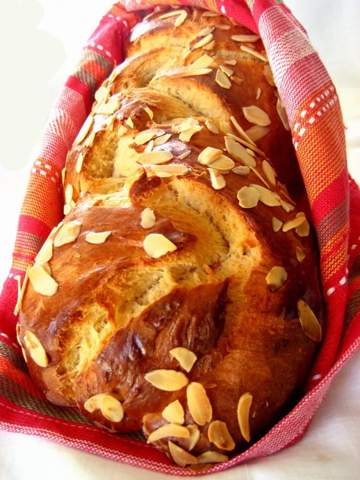Ευχές - Καλό Πάσχα - Σελίδα 2 Tsoureki-web1