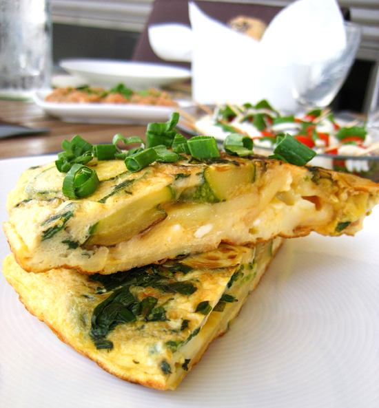 Greek tortilla with courgettes, feta and fresh mint