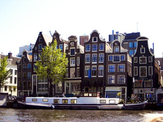 amsterdam-houses-1