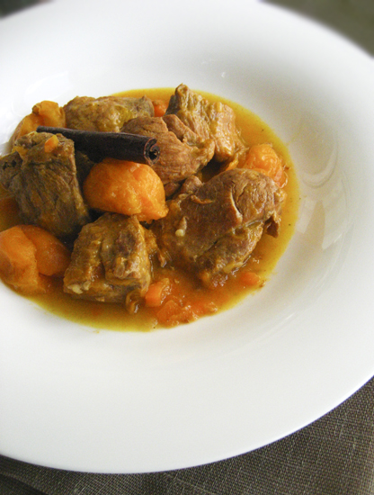 pork with apricots-5web