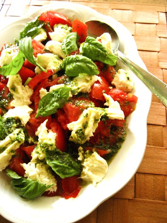 caprese salad web