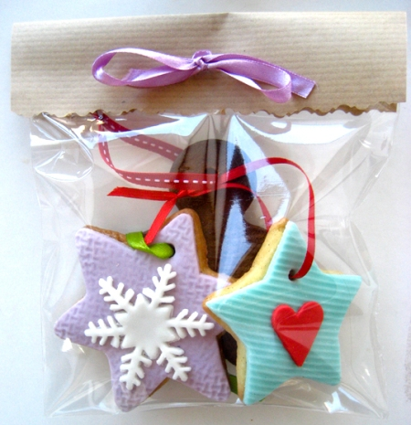pretty biscuit package