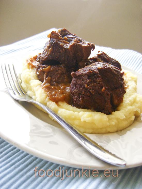 Το αγαπημένο μου κρέας κατσαρόλας