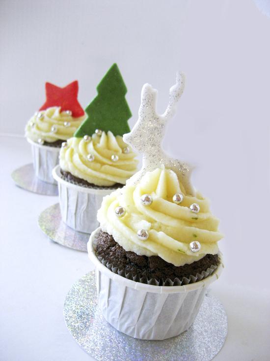 Xριστουγεννιάτικα cupcakes με τζίντζερ και μοσχολέμονο (λάιμ)