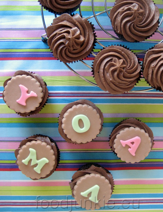 chocolate-banana-cupcakes-2