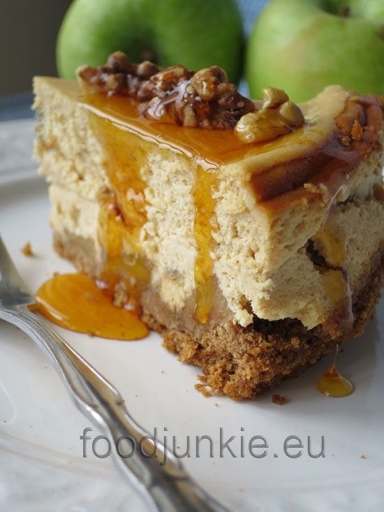 apple-cheesecake