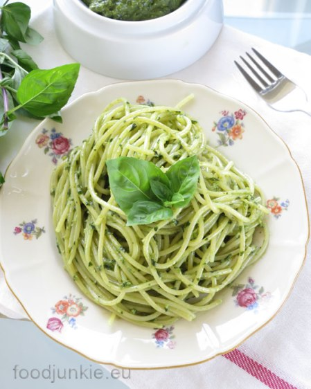 pesto-pasta-2-web