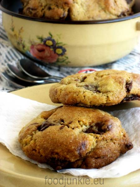 chocolate-chip-cookies-8web