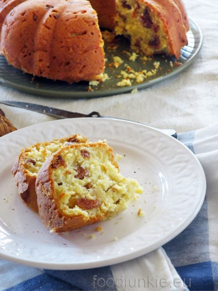 fig-and-cheese-savory-cake-web