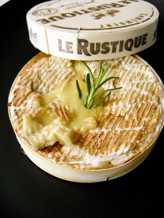 baked-camembert-1web