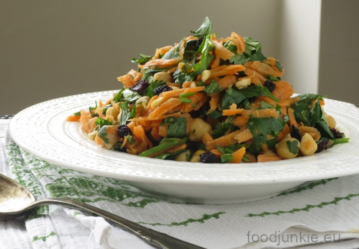 fresh-and-fragrant-moroccan-carrot-salad
